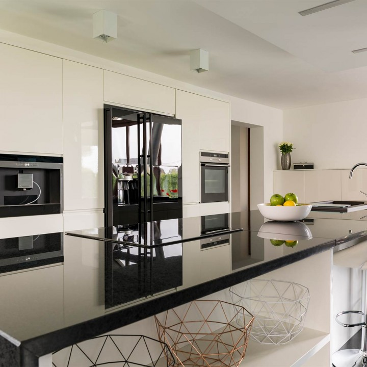 How to Tell the Difference Between Granite Marble and Quartz