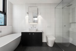 5 Design Tips to Know Before Remodeling Your Bathroom